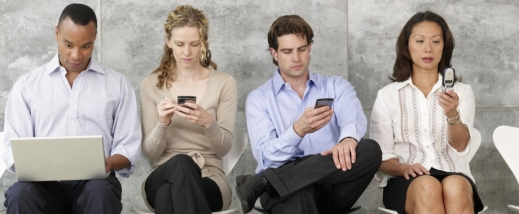 People-on-phone_920x380_scaled_cropp